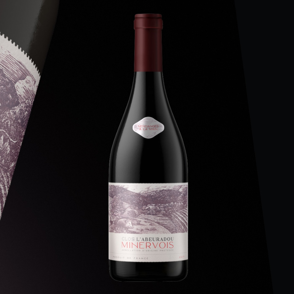 clos botella de vino